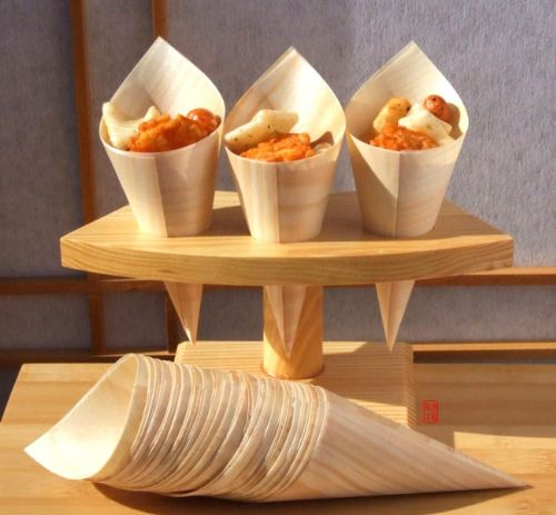 Temaki Sushi stand for 3 rolls Japanese in wood with 100 wood cones
